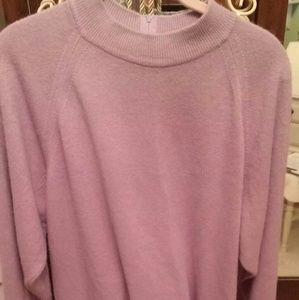 Lavender crew neck sweater feels like cashmere